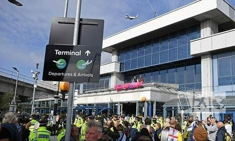 climate-protestors-take-to-london-city-airport