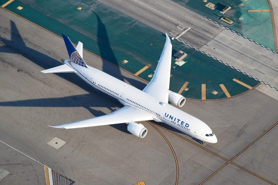 United Airlines Purchases Its Own Flight Training Academy