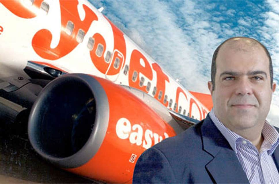 easyjet-founder-threatens-to-sue-airline-executives
