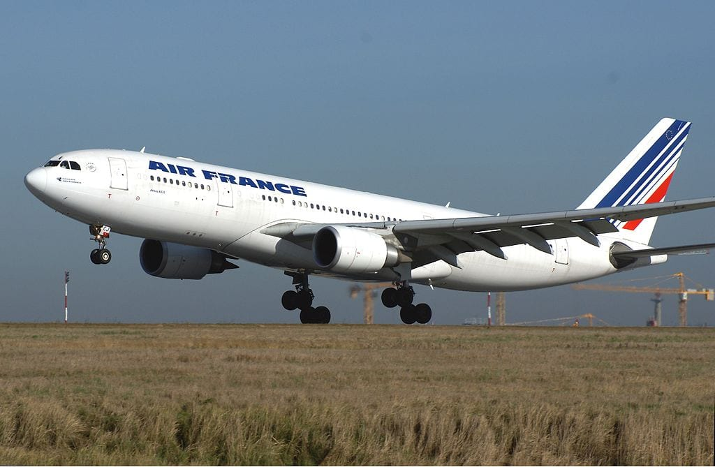 bullets-fired-at-air-france-a330-200-in-pointe-noire-republic-of-congo