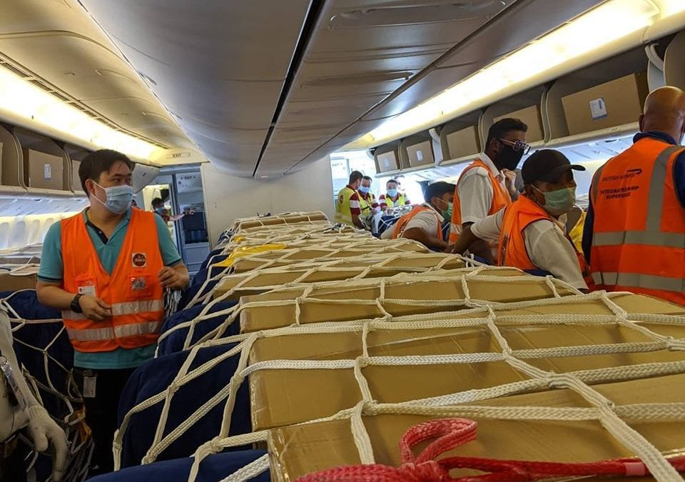 from-singapore-with-love-ba-flight-transports-medical-supplies-to-the-uk