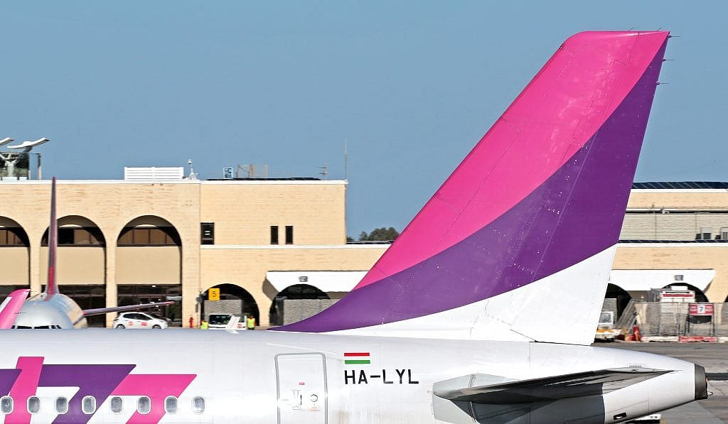 wizz-and-astana-begin-limited-service
