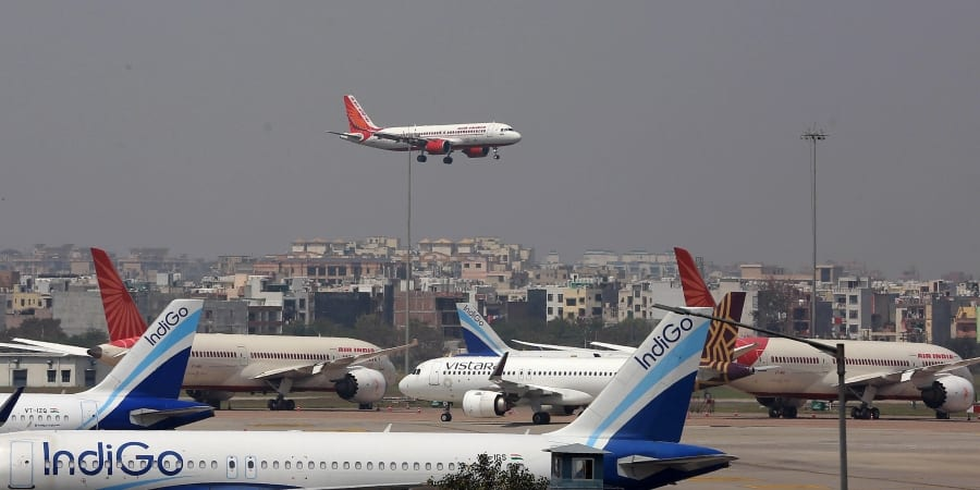 airlines-in-india-reopen-flight-bookings-amid-lockdown