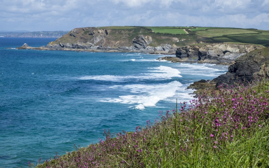 lizard-point-in-cornwall-is-an-ideal-location-for-a-staycation-in-england