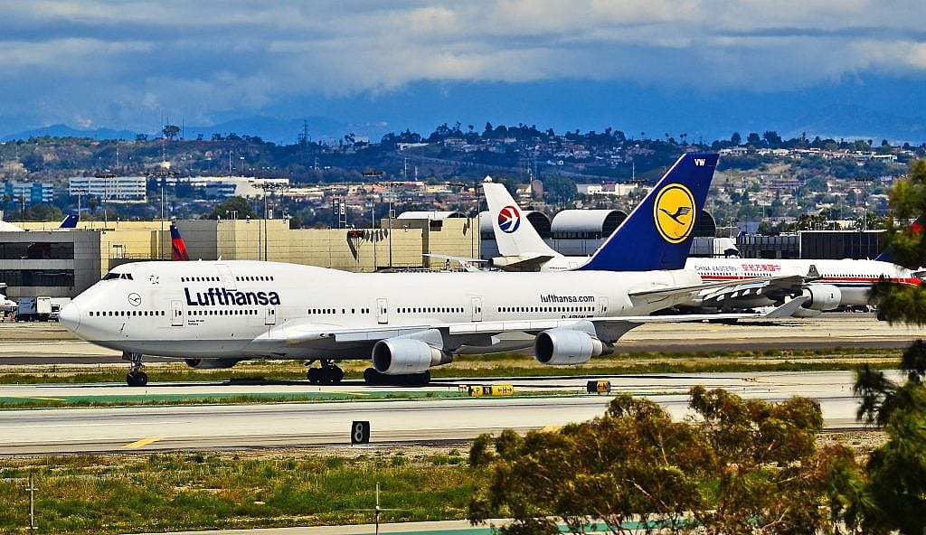 Lufthansa Agrees to €9 billion Stabilization Package after Surrendering Slots in Munich and Frankfurt