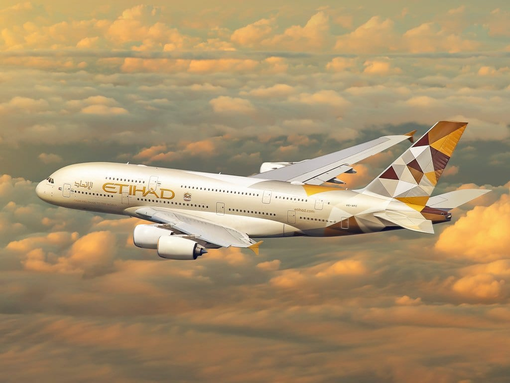 etihad-to-continue-flying-the-a380s,-order-for-the-a350s-not-cancelled