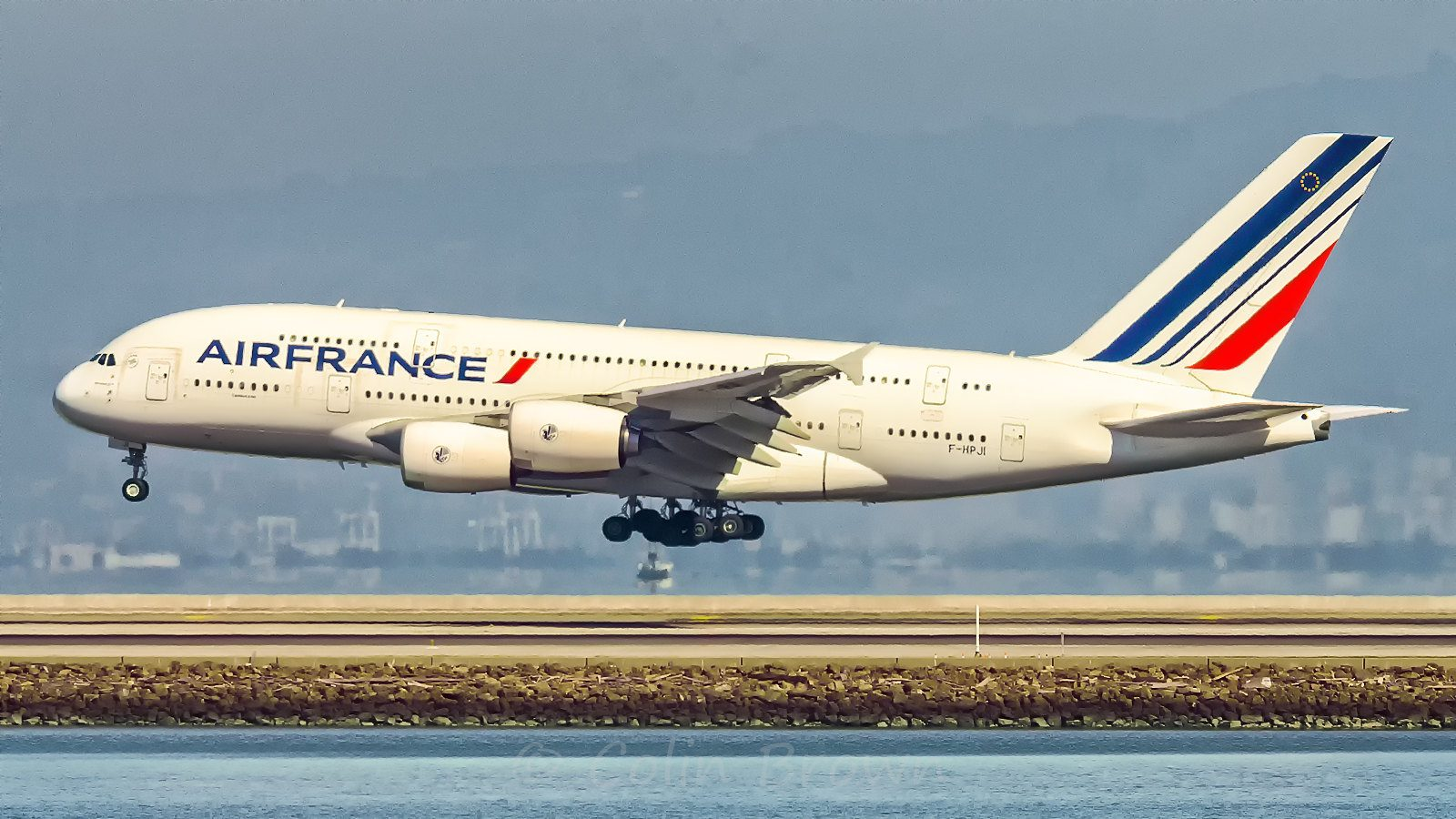 air-france-plans-on-cutting-over-7,500-jobs-by-2022
