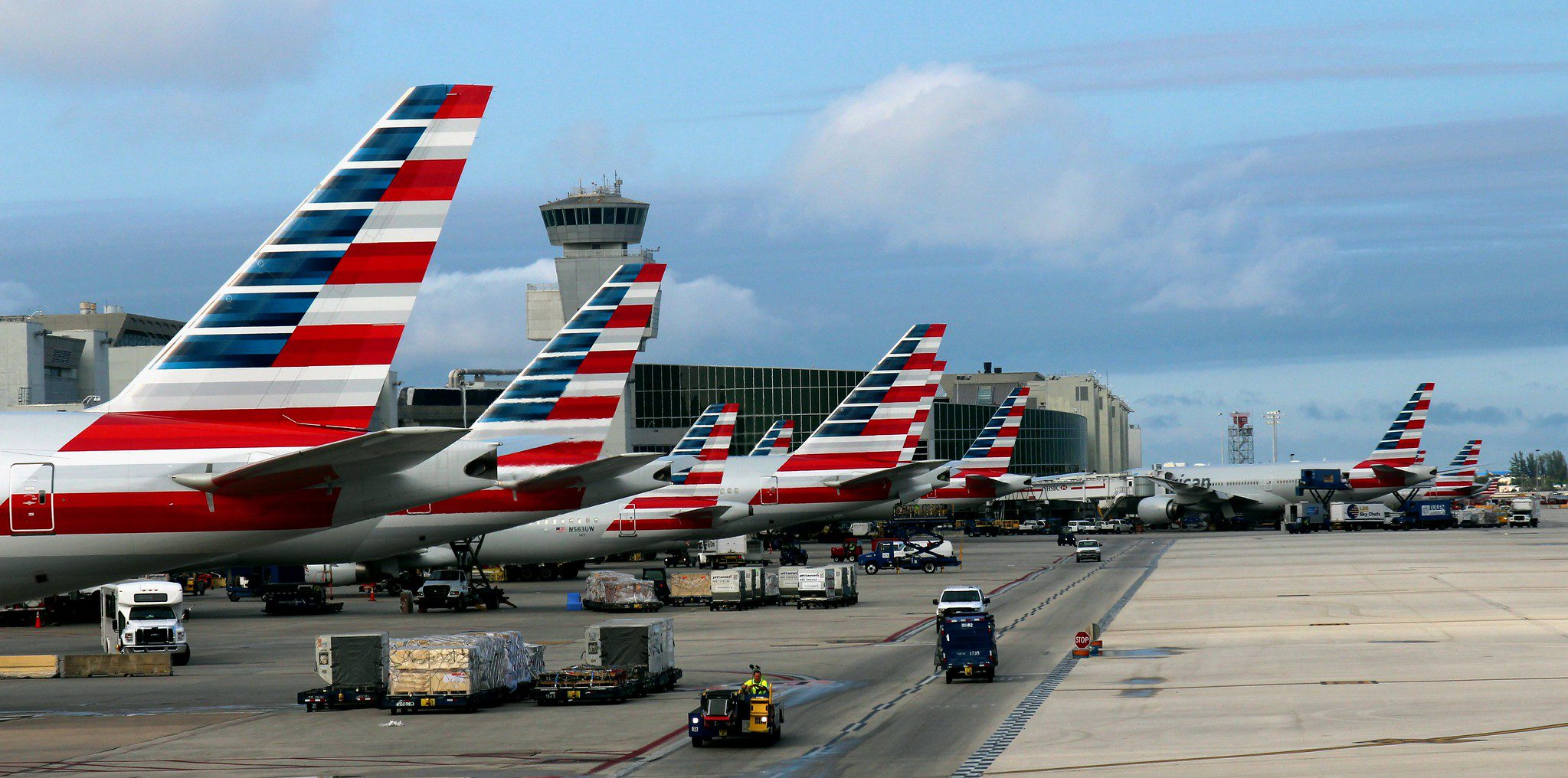 american-airlines-seeks-boeing's-help-to-avoid-max-cancellations