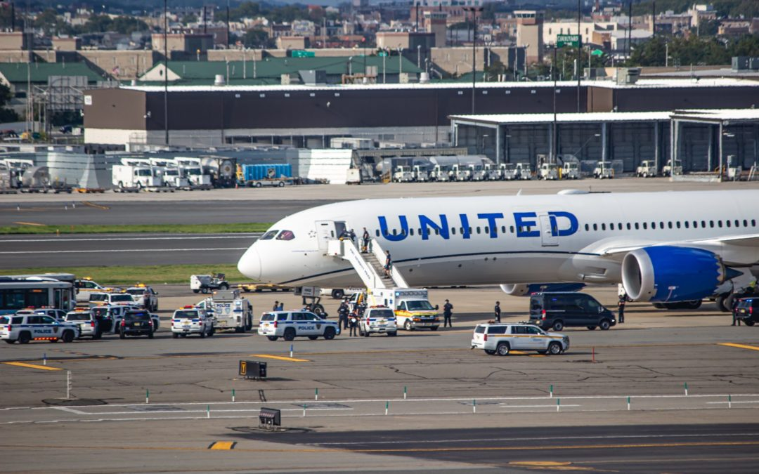 United 787 Evacuated in Newark Due to Bomb Threat