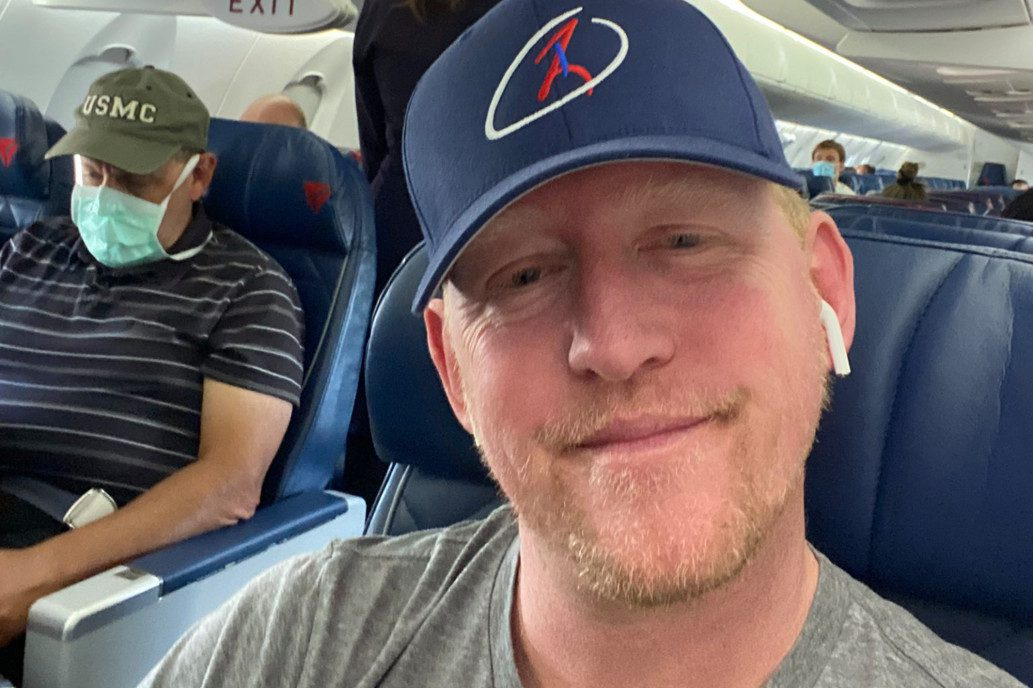 delta-bans-navy-seal-who-killed-bin-laden,-for-refusing-to-wear-a-mask