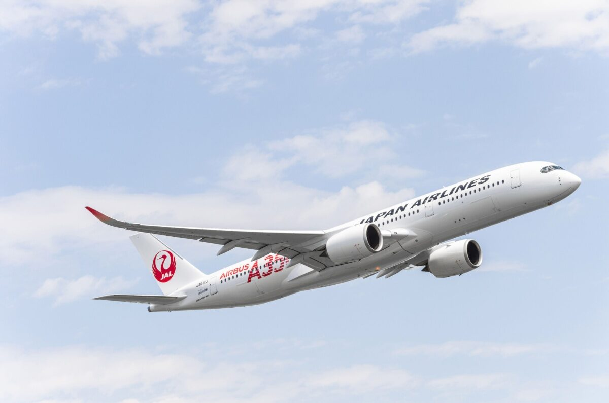 Japan Airlines To Scrap Domestic Boeing 777 Fleet