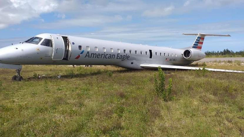 BREAKING: American Eagle ERJ145 Overshoots Runway