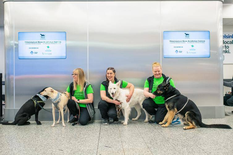 Sniffer Dogs Replacing PCR Testing At Finnish Airport?