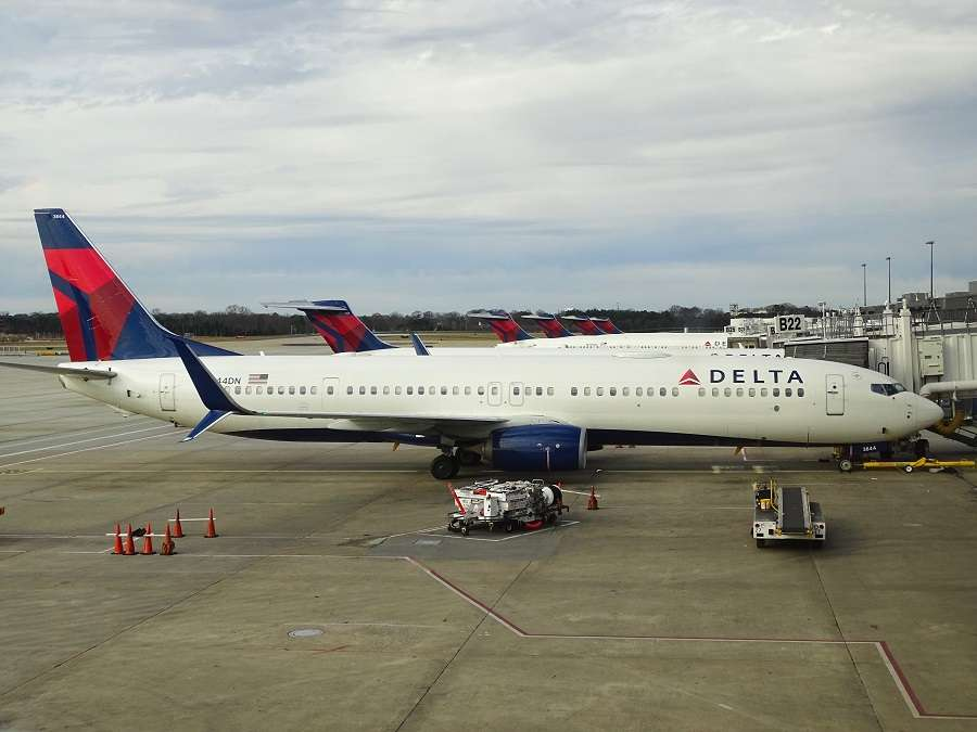 INCIDENT: Delta 737 With Instrumentation Issues