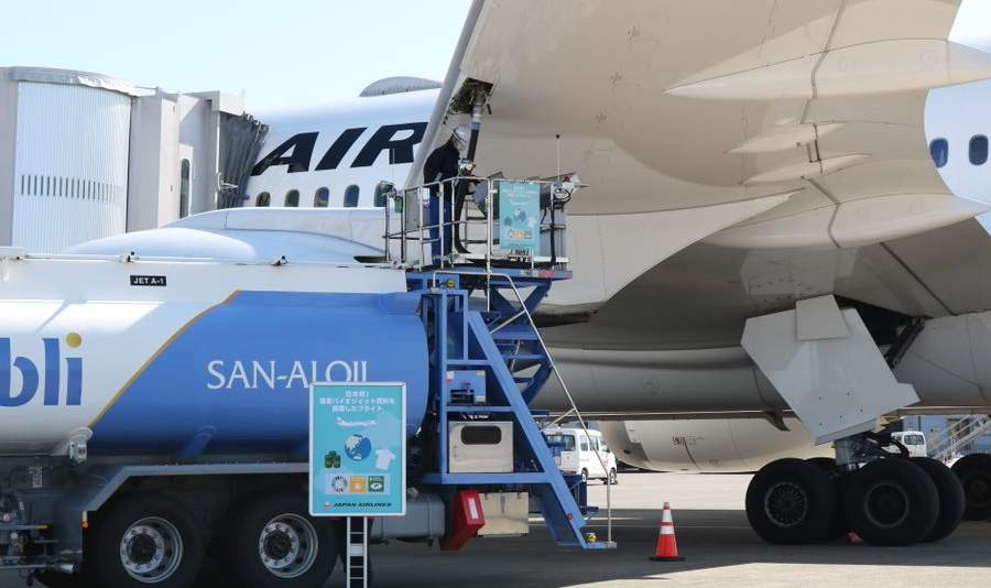 Reducing Aviation Emissions By… 165%? Can SAF Do It?