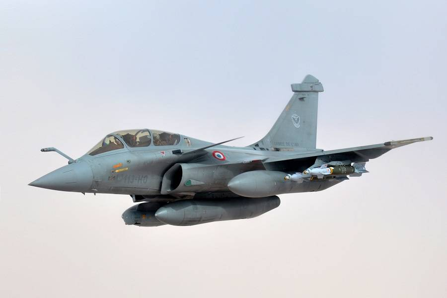 A Bit Too Low? French Rafale Fighter Cuts Power Lines