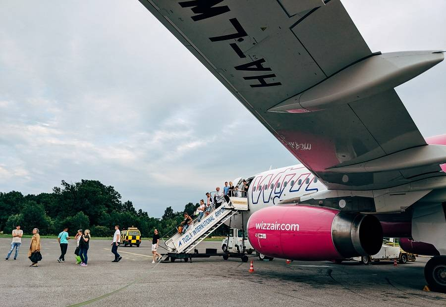 UK Airline Ticket Sales Soar With Travel Restart Plan!