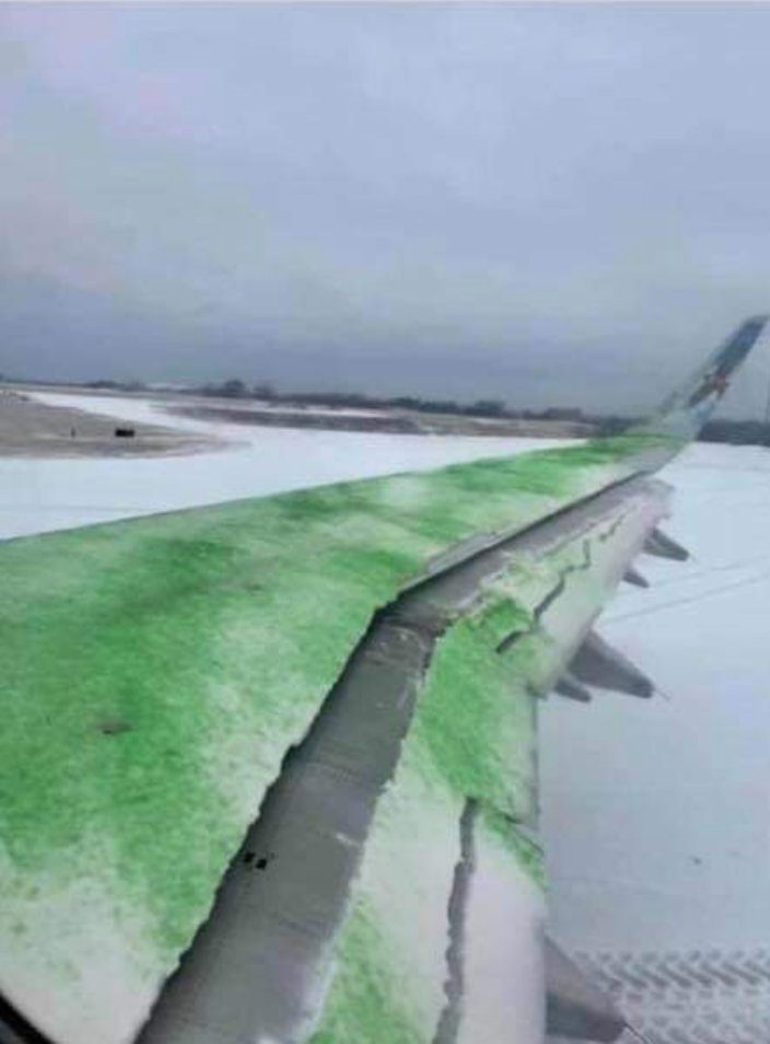 Wing Contamination – Frontier A321 Cancels Take-Off