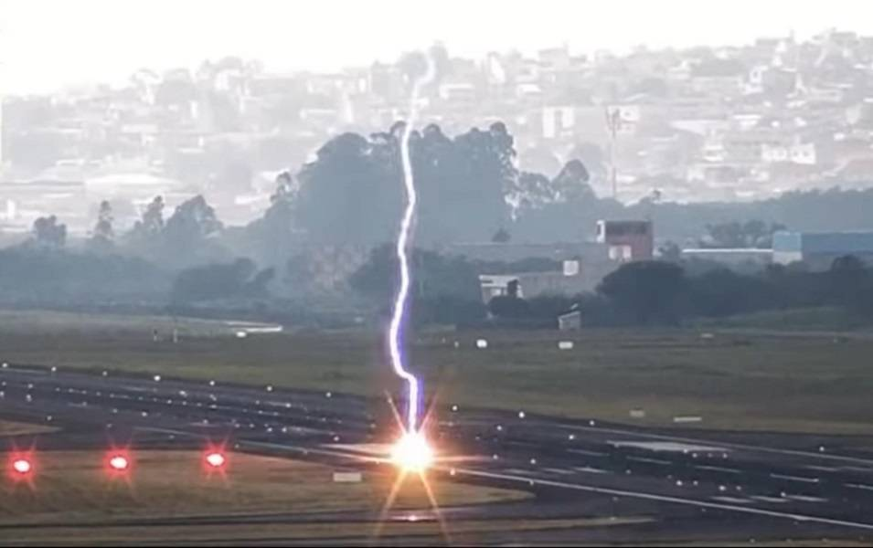 Lightning Strike Burns Crater In São Paolo Runway!
