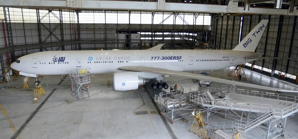 GECAS-IAI 777-300ERSF 'Big Twin' Modification Starts!