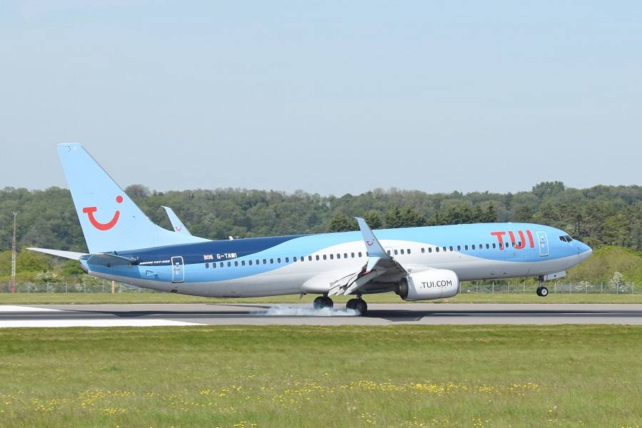 INCIDENT – TUI 737 Flies 1244kg Heavier Than Planned!