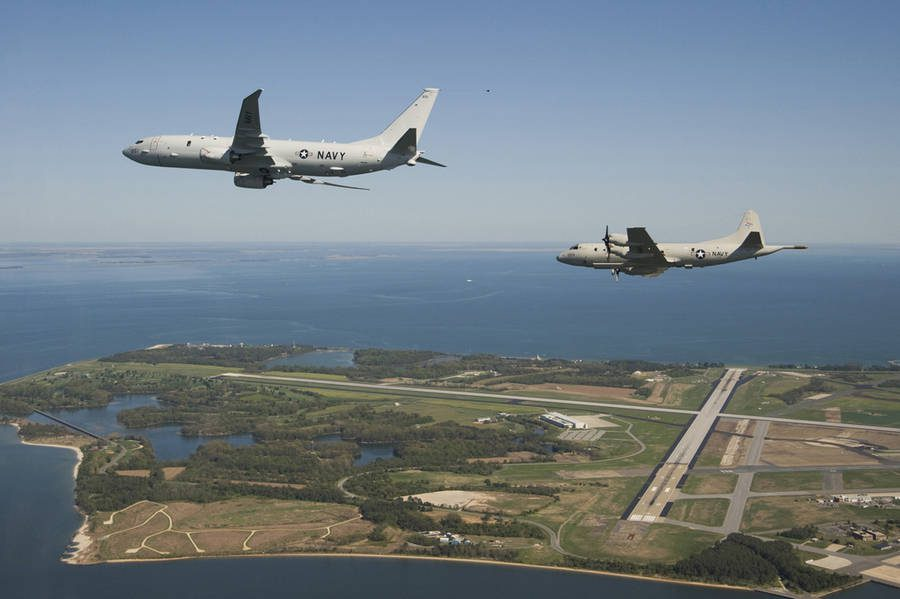 Why Does The P-8A Poseidon Have THESE Wingtips?