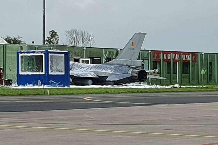 CRASH: Belgian F-16AM Fighter Impacts Building