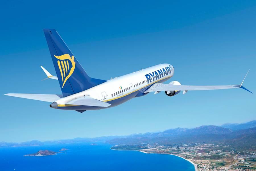 Ryanair Hiring 2,000 Pilots Over Three Years!
