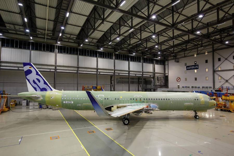 What's Going On With The Doors Of The Airbus A321?