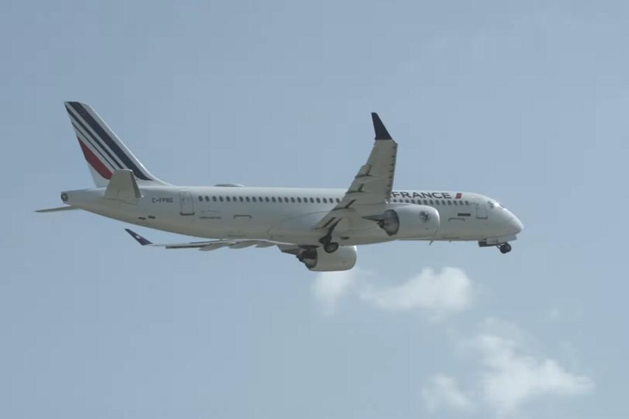 First A220-300 For Air France Takes To The Skies